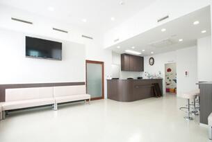 一宮市のインプラントクリニック・オーキッド歯科の待合室
